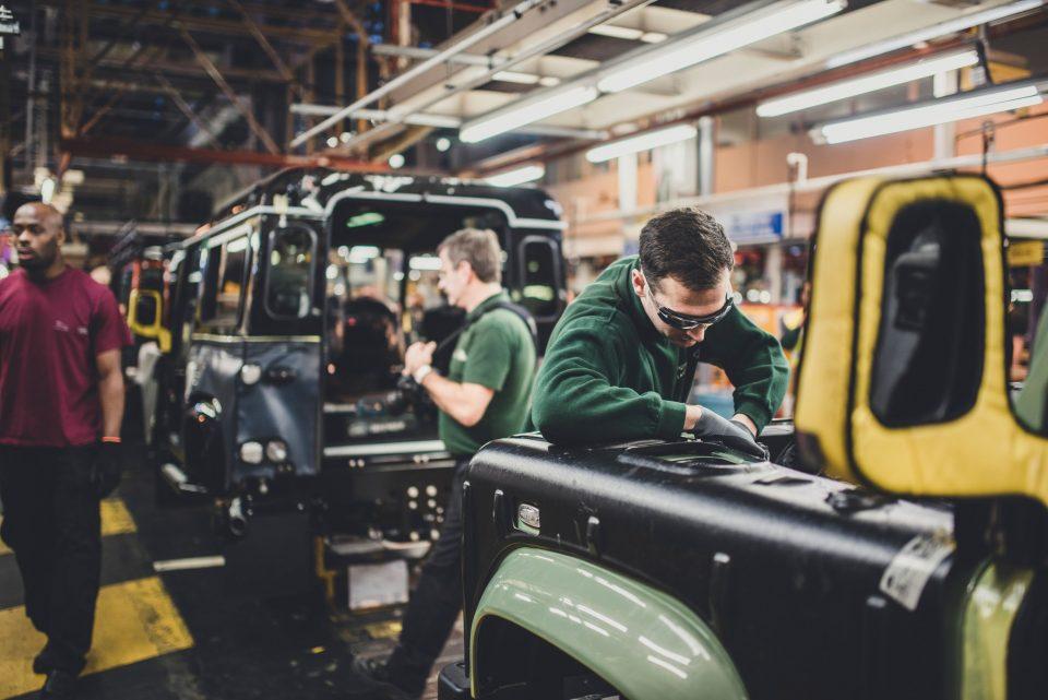 Работников Jaguar Land Rover ждут сокращения
