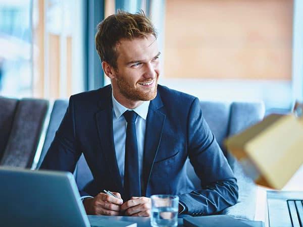 Как стать успешным руководителем, следуя примерам лидеров списка Forbes?