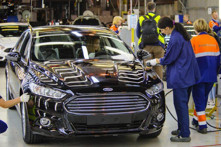 Ford планирует закрытие заводов в России