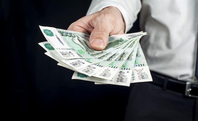 Долговая нагрузка россиян достигла пика